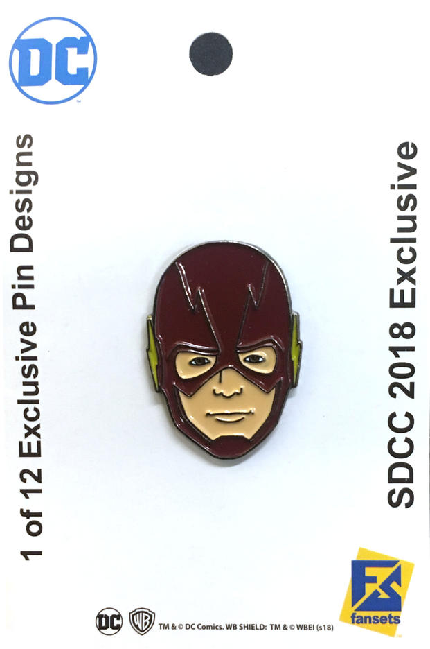 the-official-comic-con-wb-collectors-bags-and-pins-have-been-revealed23.jpeg