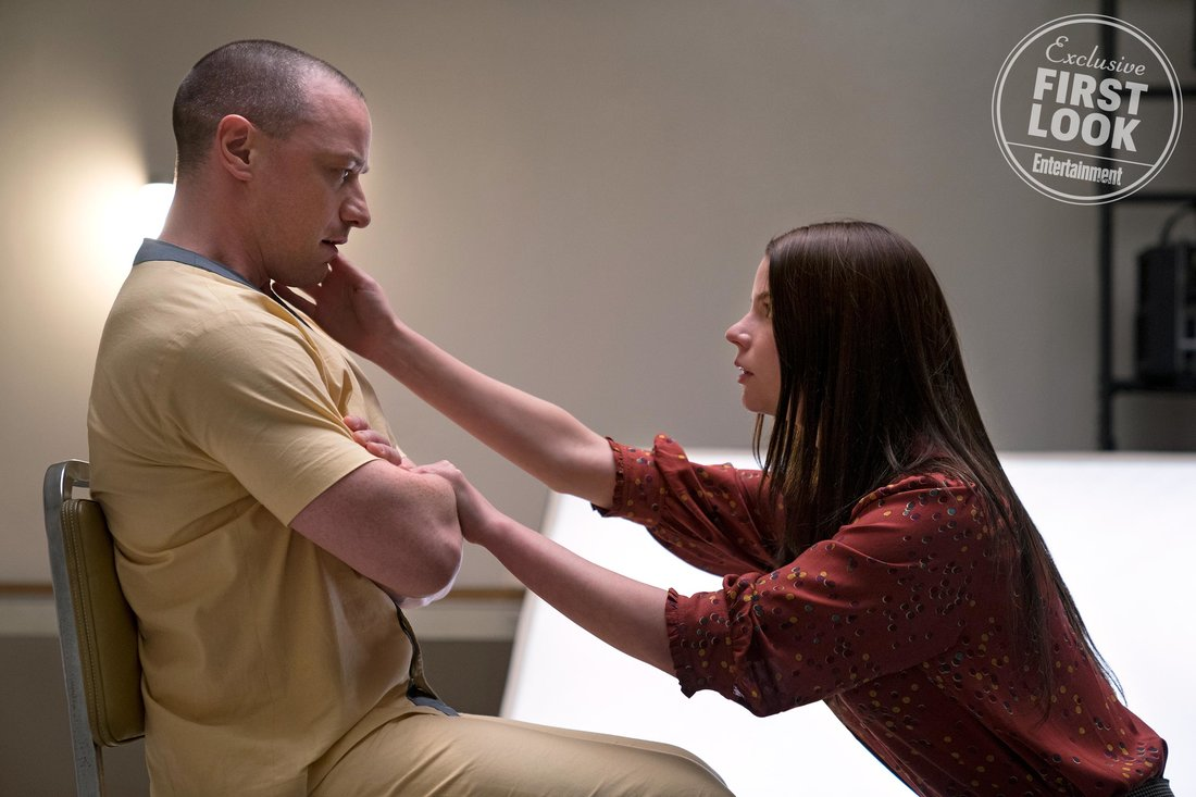 first-photos-for-m-night-shyamalans-glass-feature-bruce-willis-samuel-l-jackson-and-james-mcavoy-in-group-therapy3