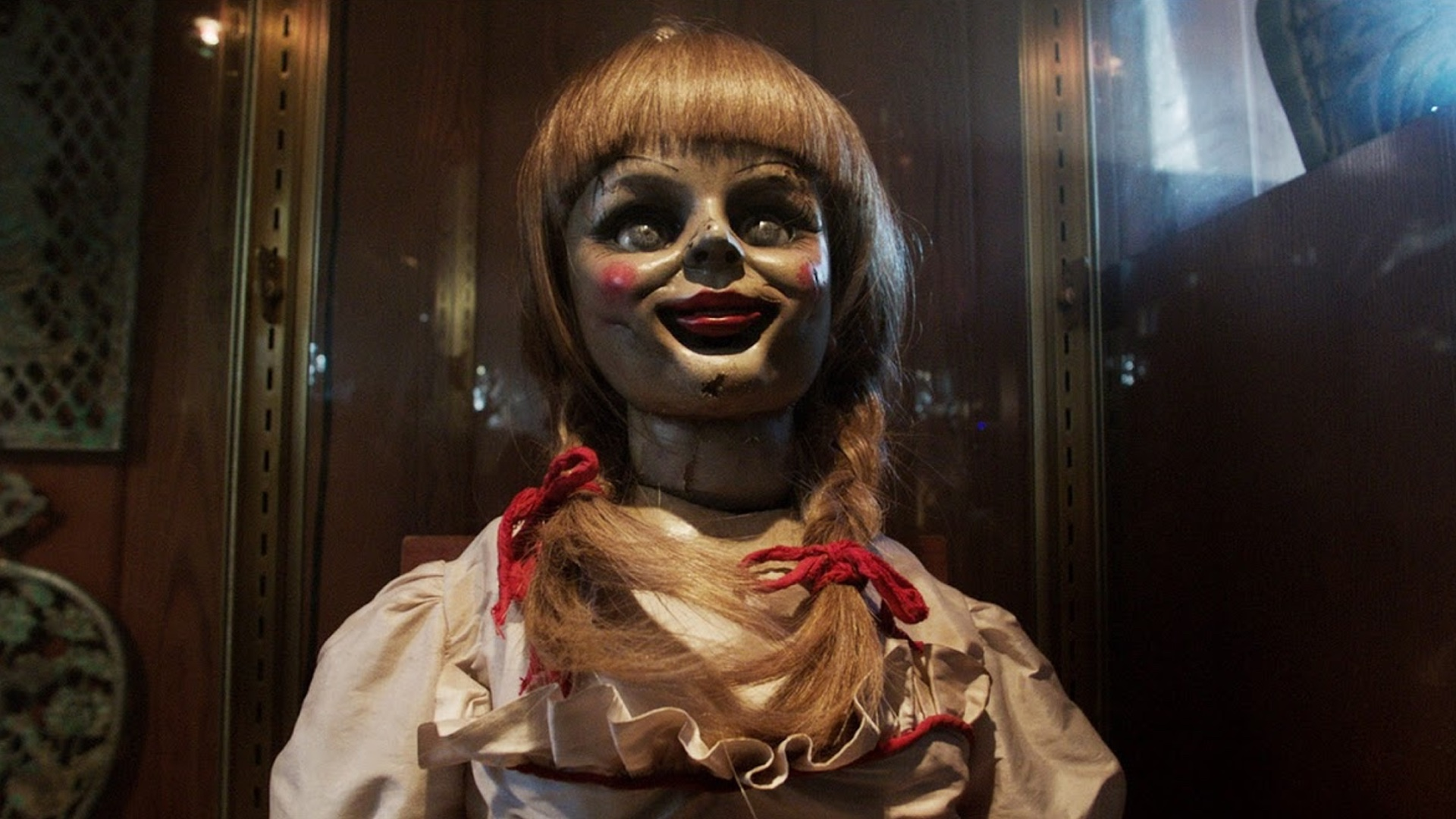 first-details-revealed-for-annabelle-3-which-takes-the-horror-to-ed-and-lorraine-warren-social.jpg