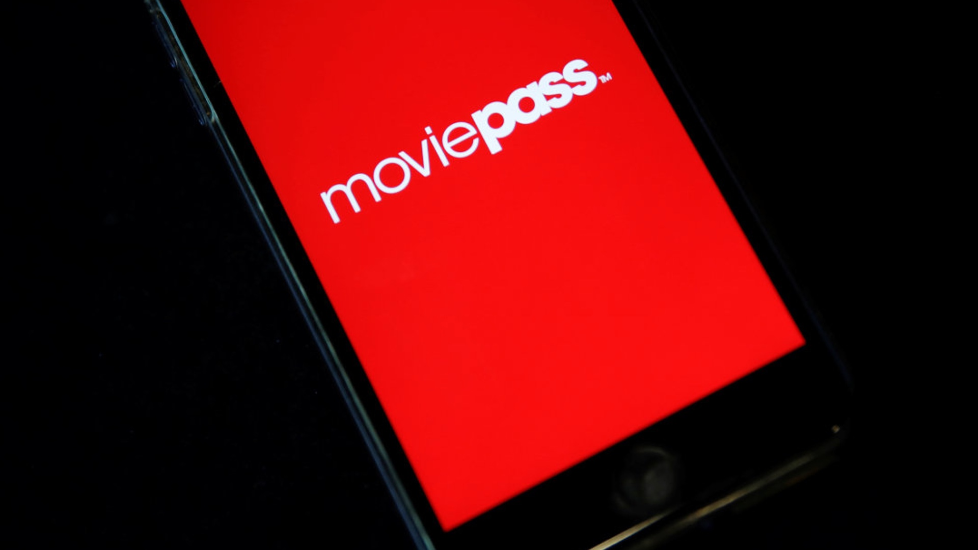 moviepass-revamps-their-plan-again-to-3-movies-a-months-to-keep-costs-at-995-a-month-social.jpg