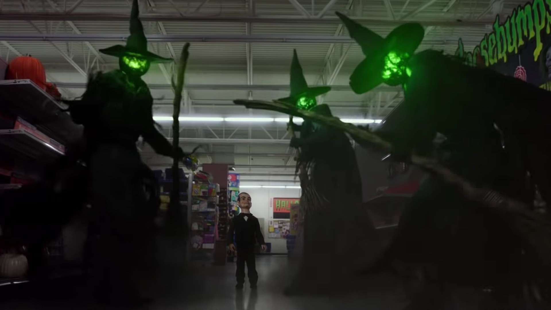 R L Stine S Monsters Attack Again In New Trailer For Goosebumps 2 Haunted Halloween Geektyrant