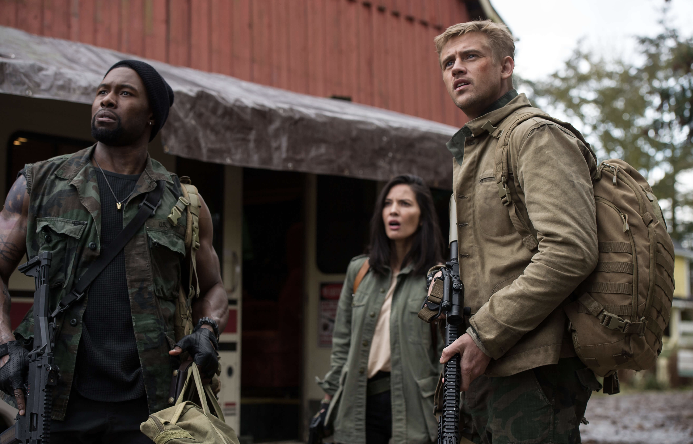 check-out-a-bunch-of-new-photos-from-the-predator10