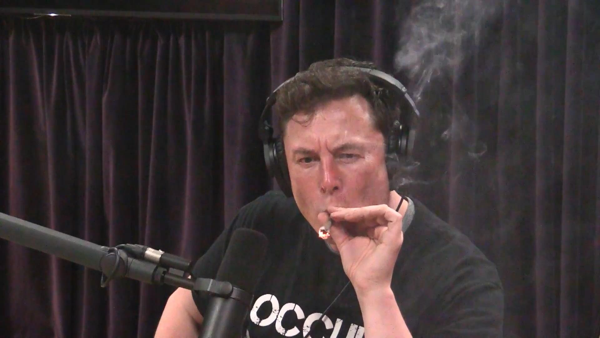 watch-elon-musk-smokes-weed-on-the-joe-rogan-podcast-social.jpg