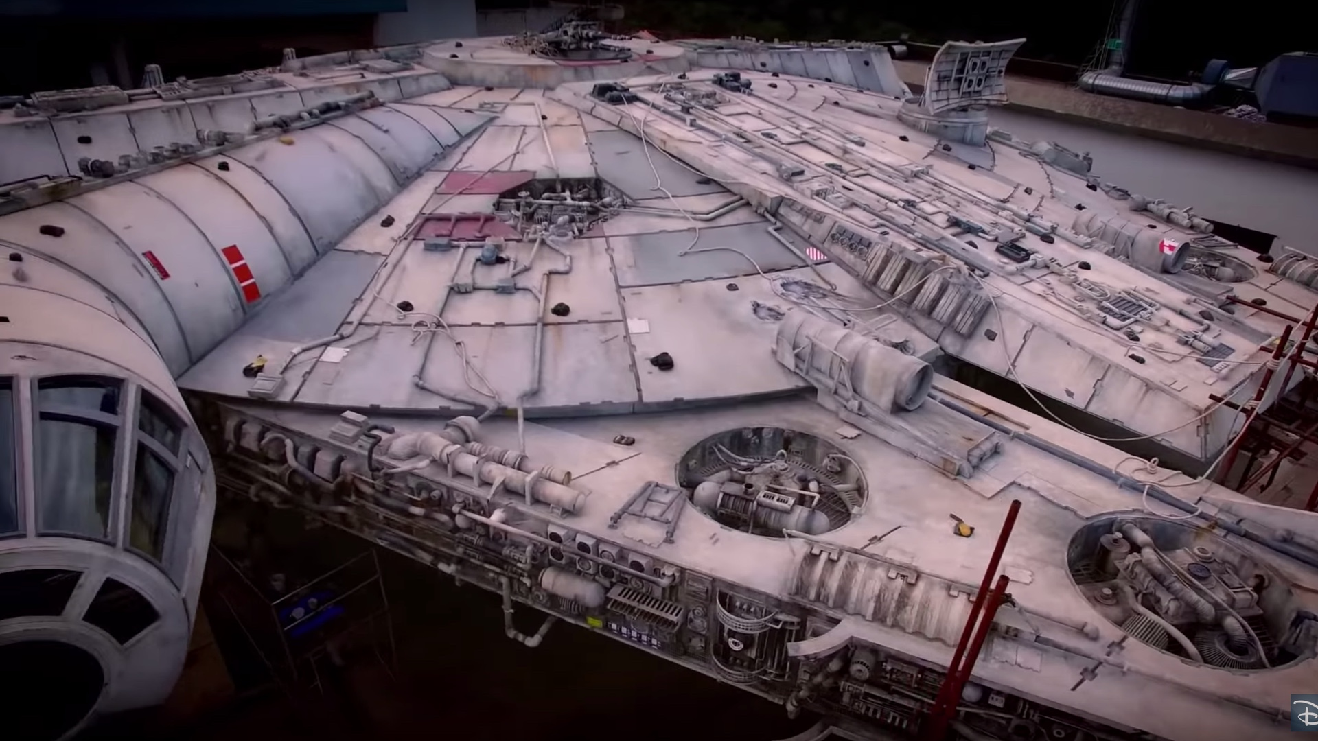 listen-to-john-williams-new-musical-score-for-star-wars-galaxys-edge-and-teaser-for-the-millennium-falcon-ride-social.jpg