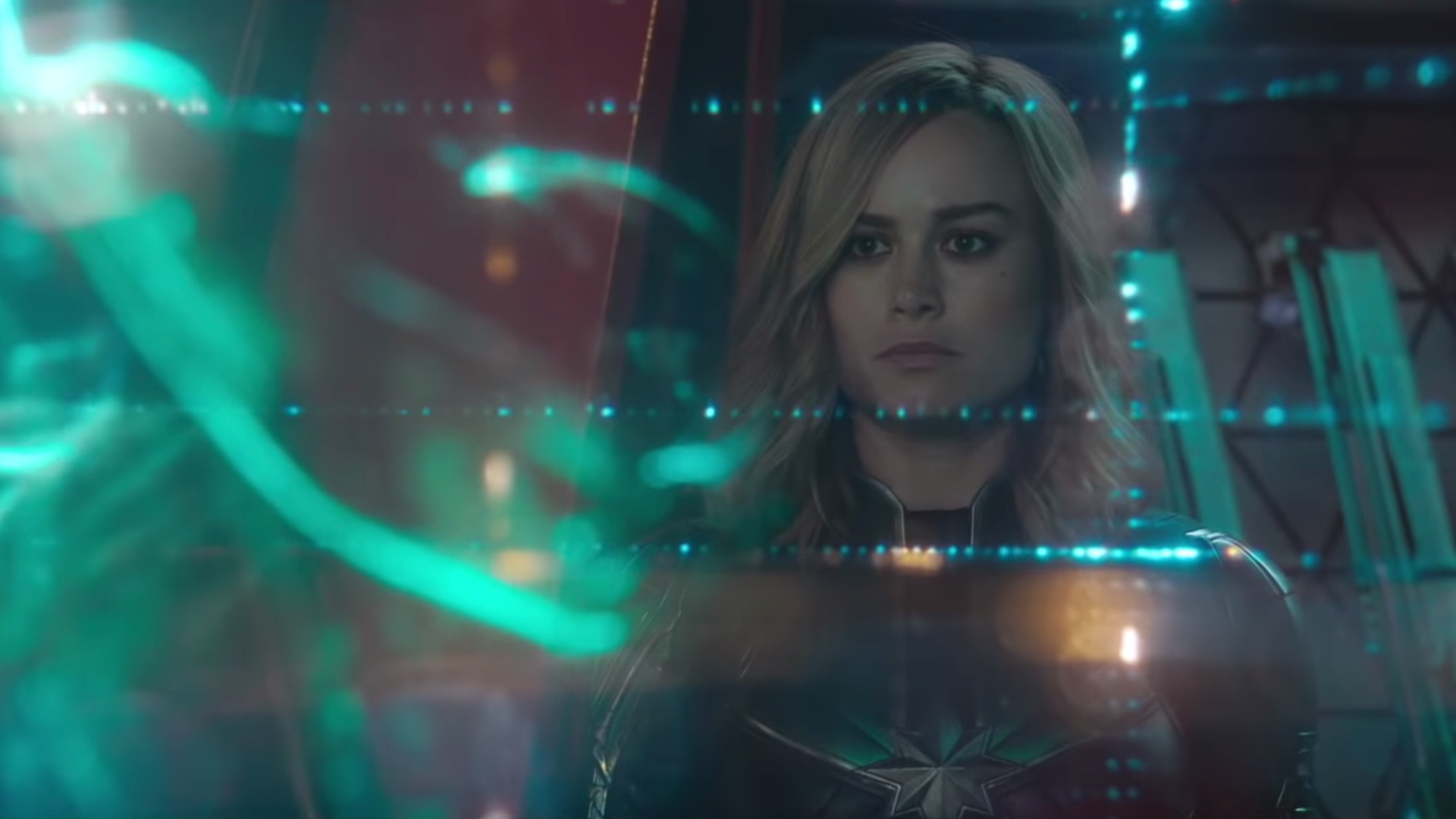 captain-marvel-gets-90s-style-magic-eye-images-and-a-new-cast-featurette-social.jpg