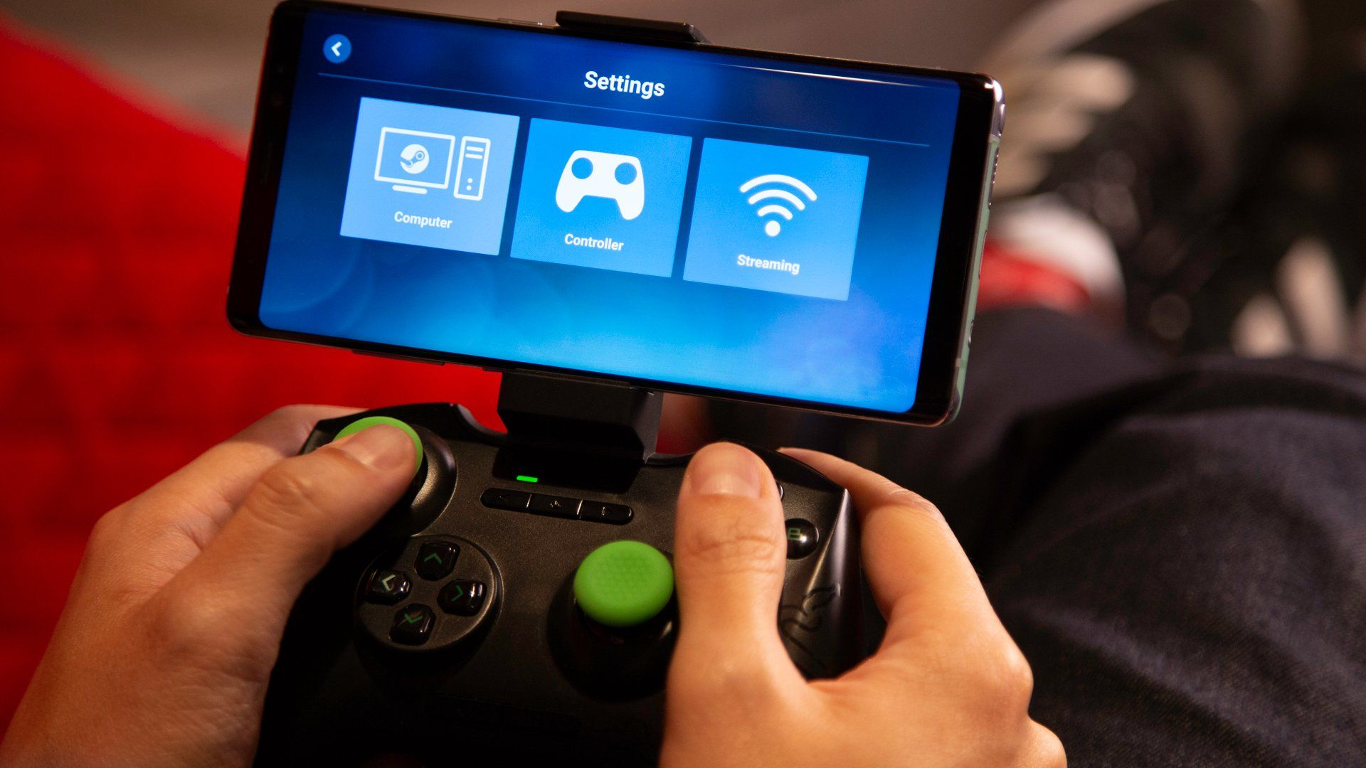 Steam Link Anywhere Lets You Play Your Steam Library on Your Phone