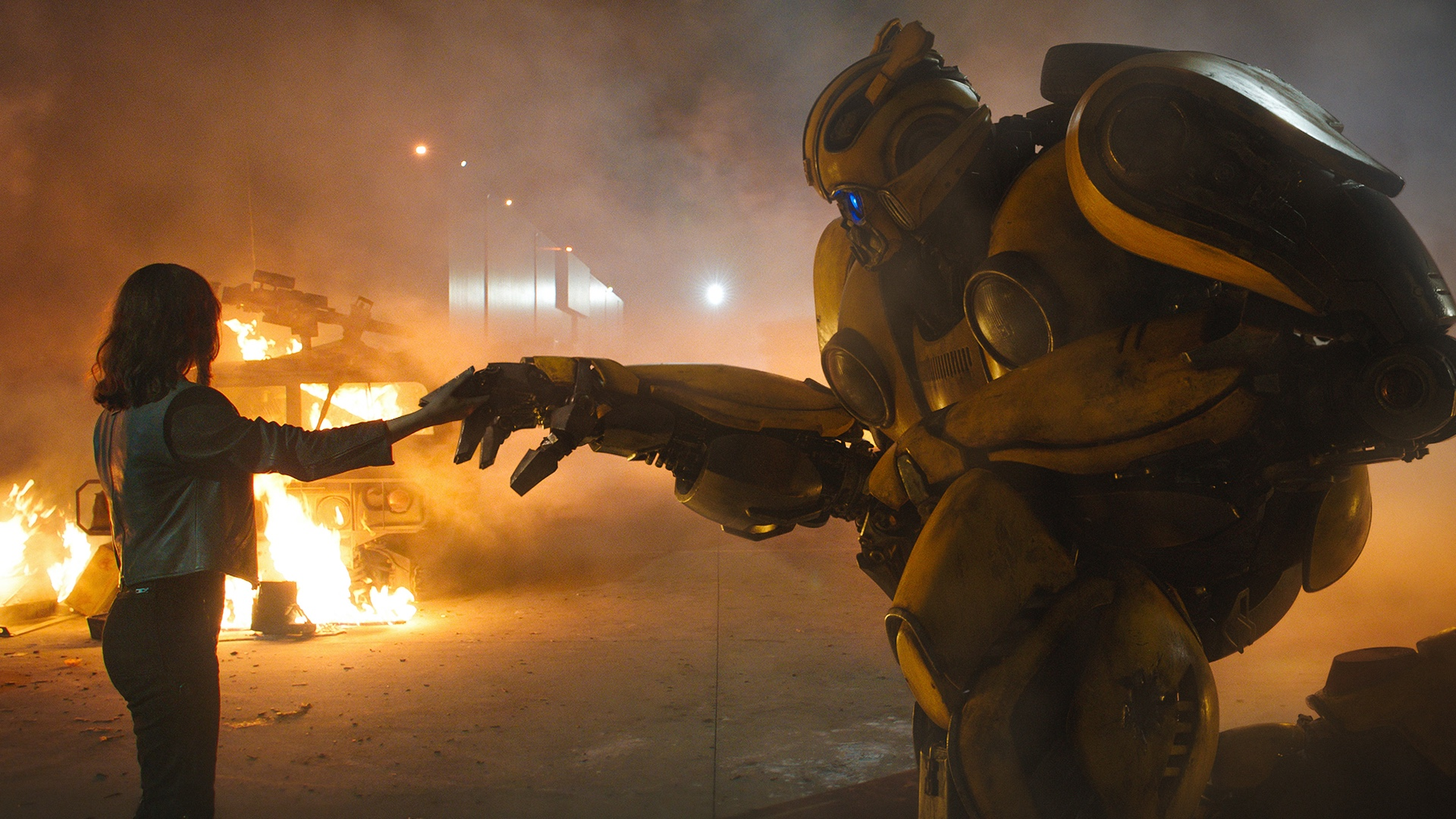 oh-no-transformers-producer-says-bumblebee-sequel-will-have-a-little-more-bayhem-social.jpg