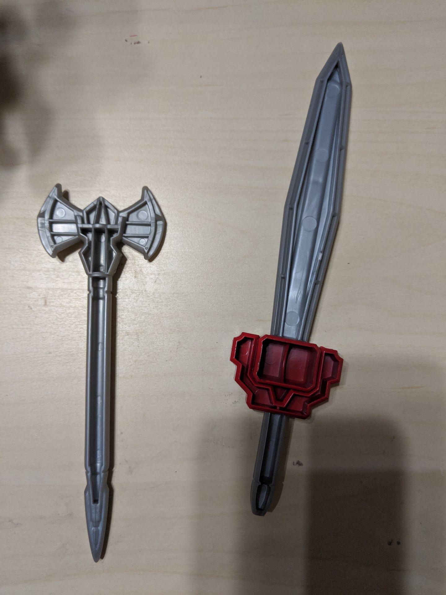 zord_weapons_b.jpg