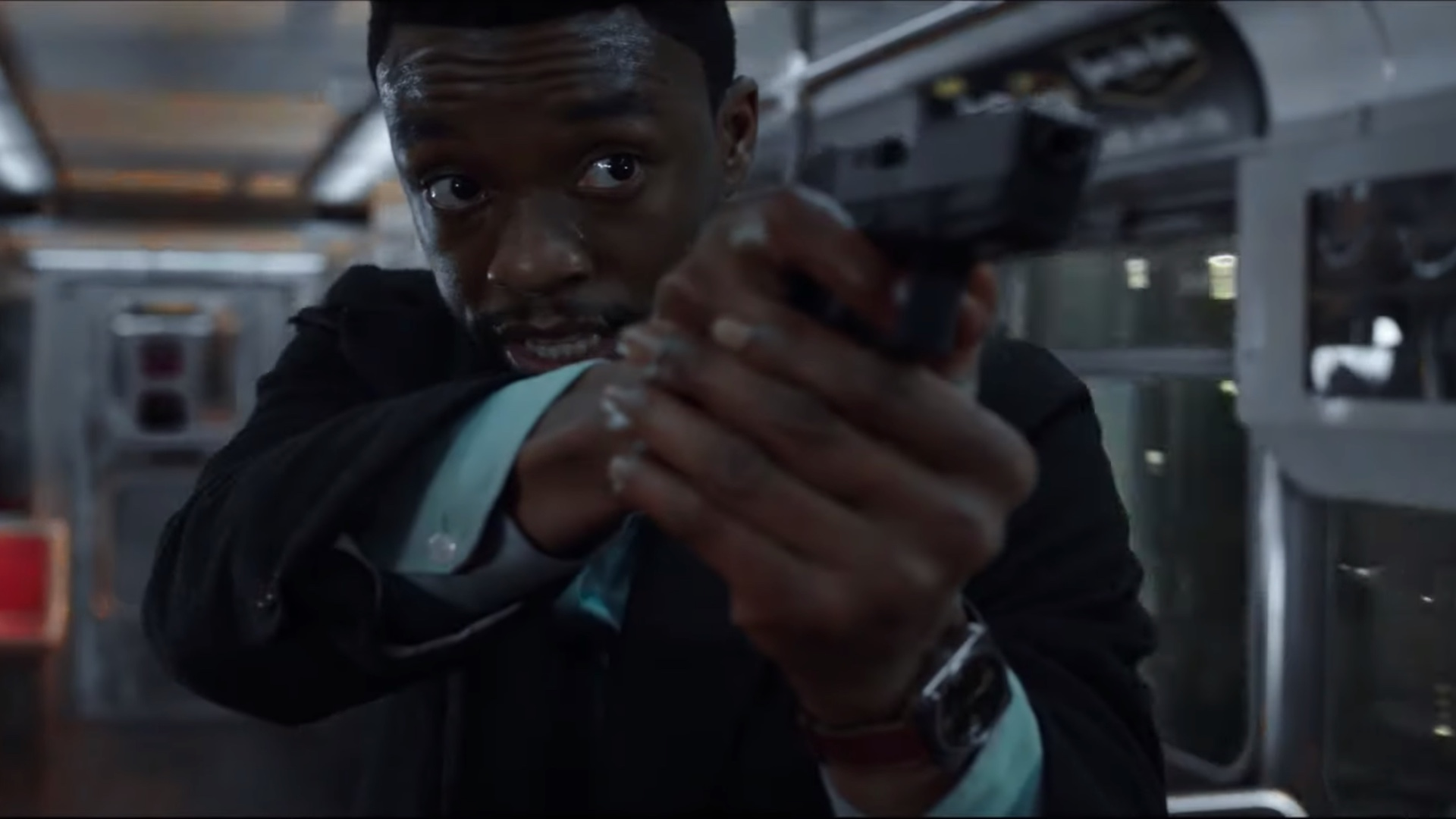 Chadwick Boseman Is A Cop On The Hunt For Cop Killers In First Trailer For 21 Bridges Geektyrant