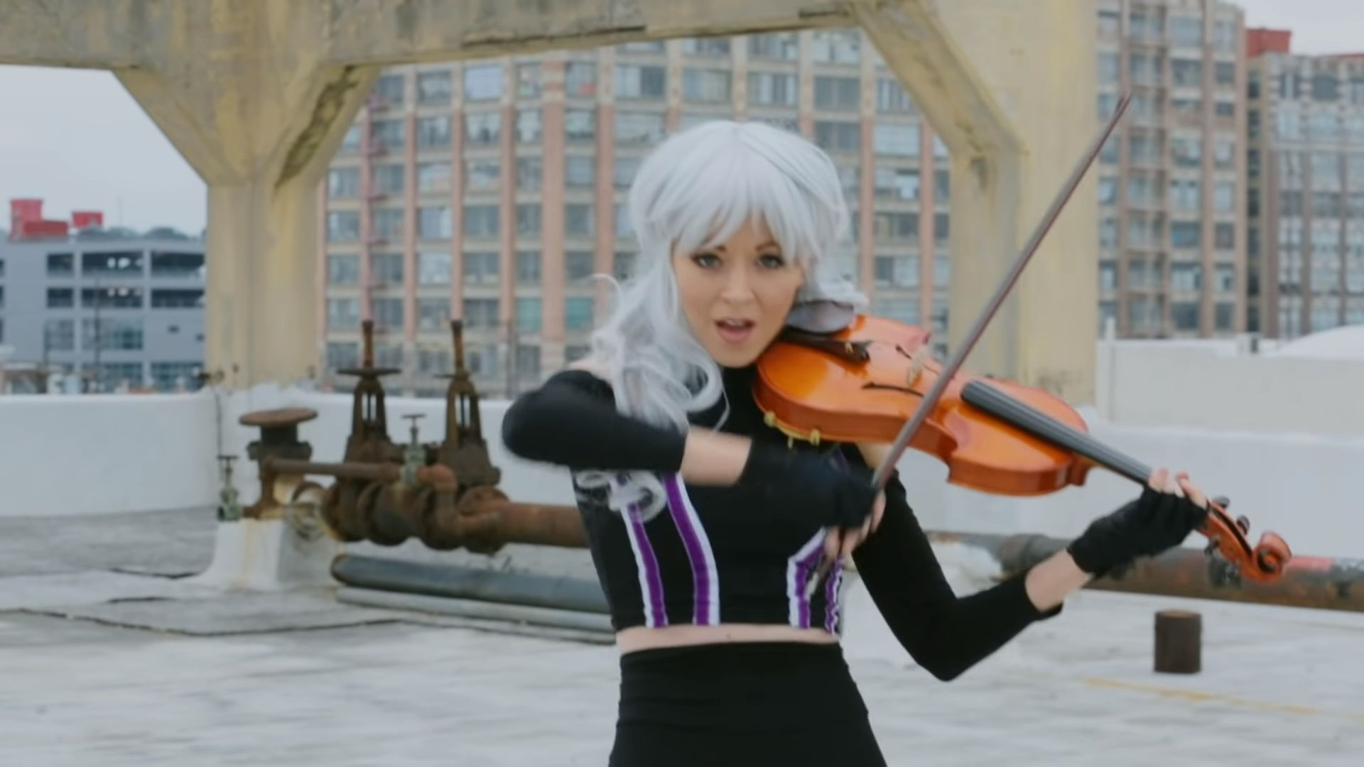 lindsey_stirling_endgame_thrones.jpg