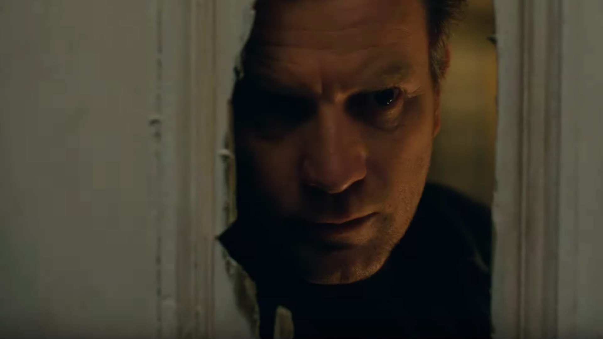 awesomely-chilling-first-trailer-for-the-shining-sequel-doctor-sleep-social.jpg