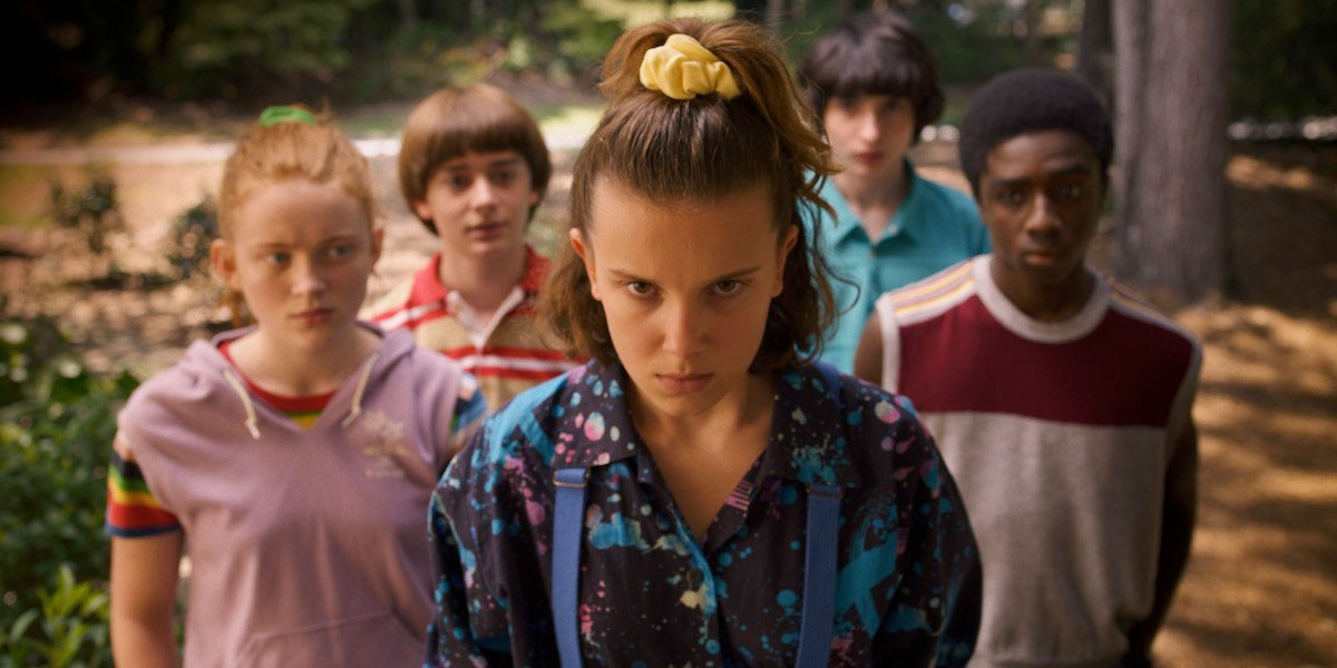 new-stranger-things-3-photos-tease-an-adventurous-1985-summer-vacation18.jpg