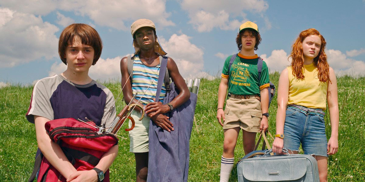 new-stranger-things-3-photos-tease-an-adventurous-1985-summer-vacation19.jpg