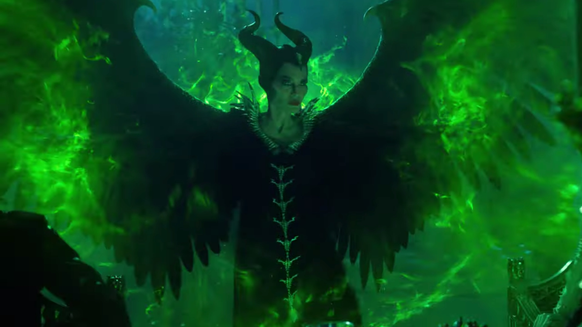 angelina-jolie-goes-to-war-with-micheal-pfeiffer-in-nee-trailer-for-maleficent-mistress-of-evil-social.jpg