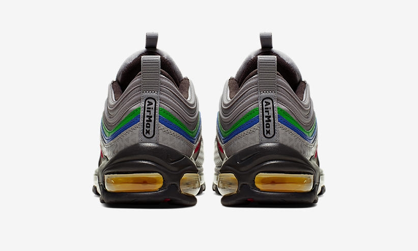 nike-has-created-a-nintendo-64-themed-sneaker5