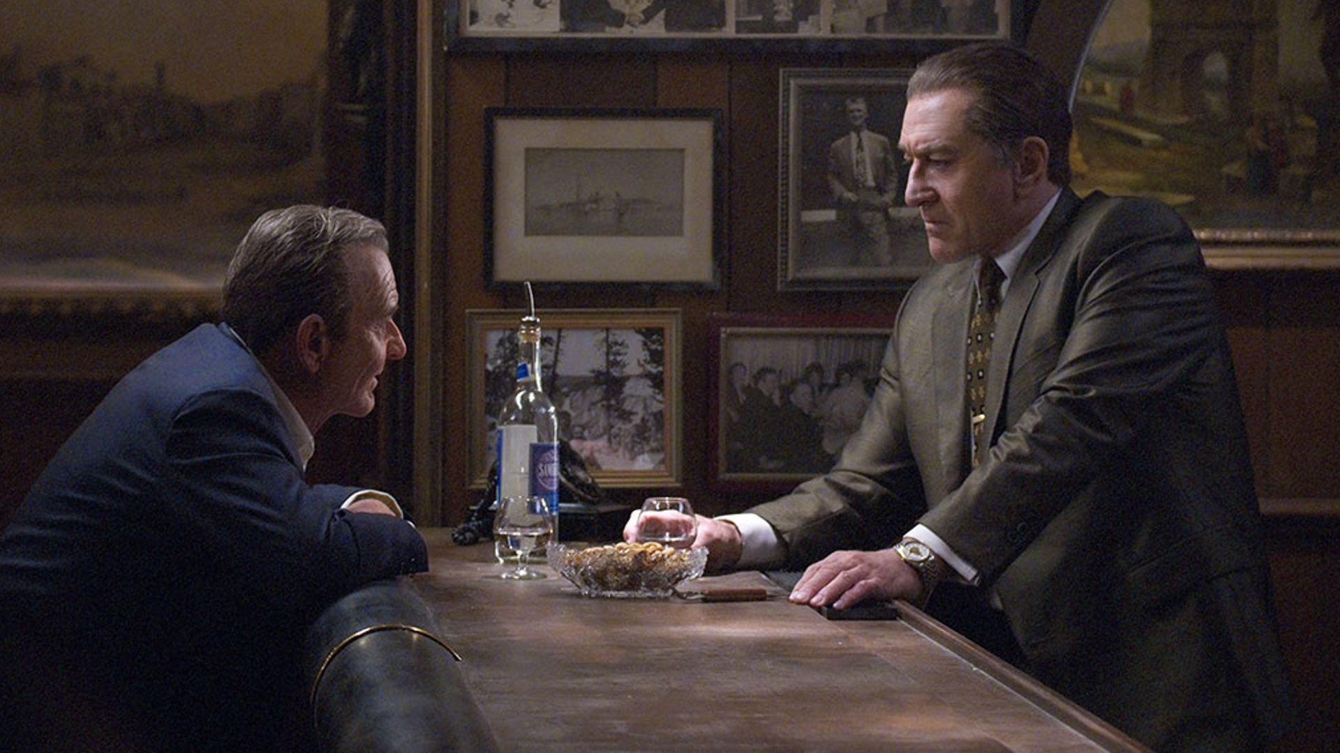 first-look-at-martin-scorseses-the-irishman-which-will-premiere-at-new-york-film-festival-social.jpg
