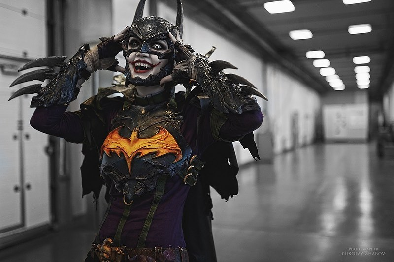 wicked-awesome-batman-and-joker-mashup-cosplay1