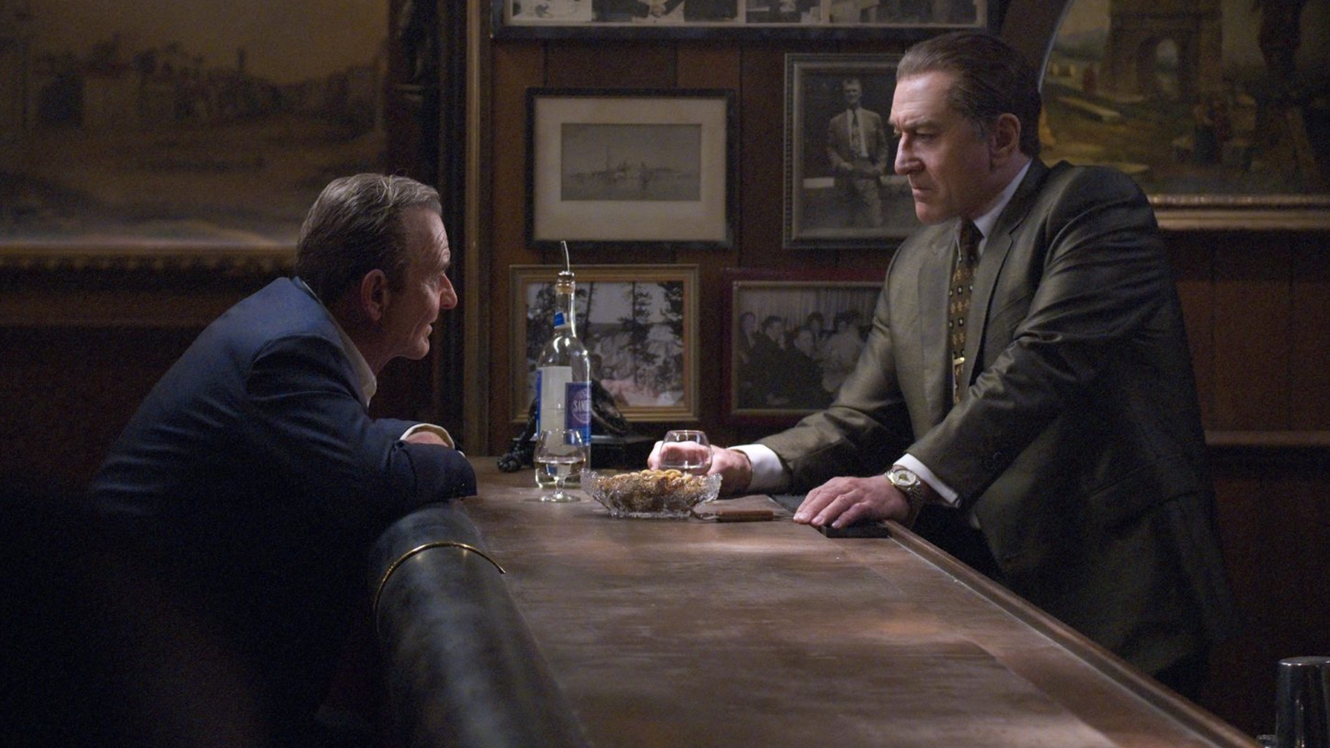 martin-scorseses-the-irishman-might-have-a-runtime-of-210-minutes-social.jpg
