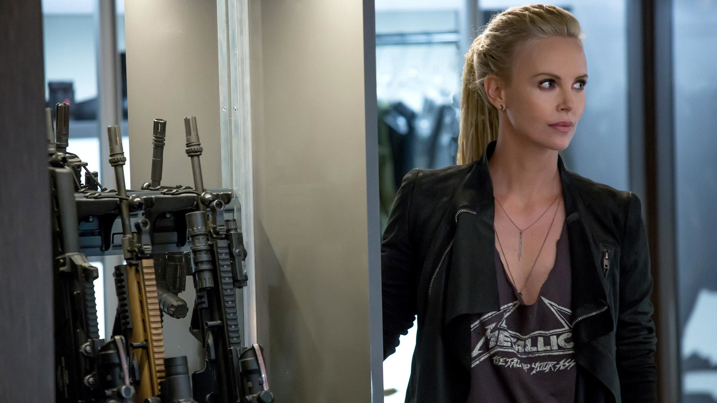 charlize+theron+fate+of+the+furious.jpg