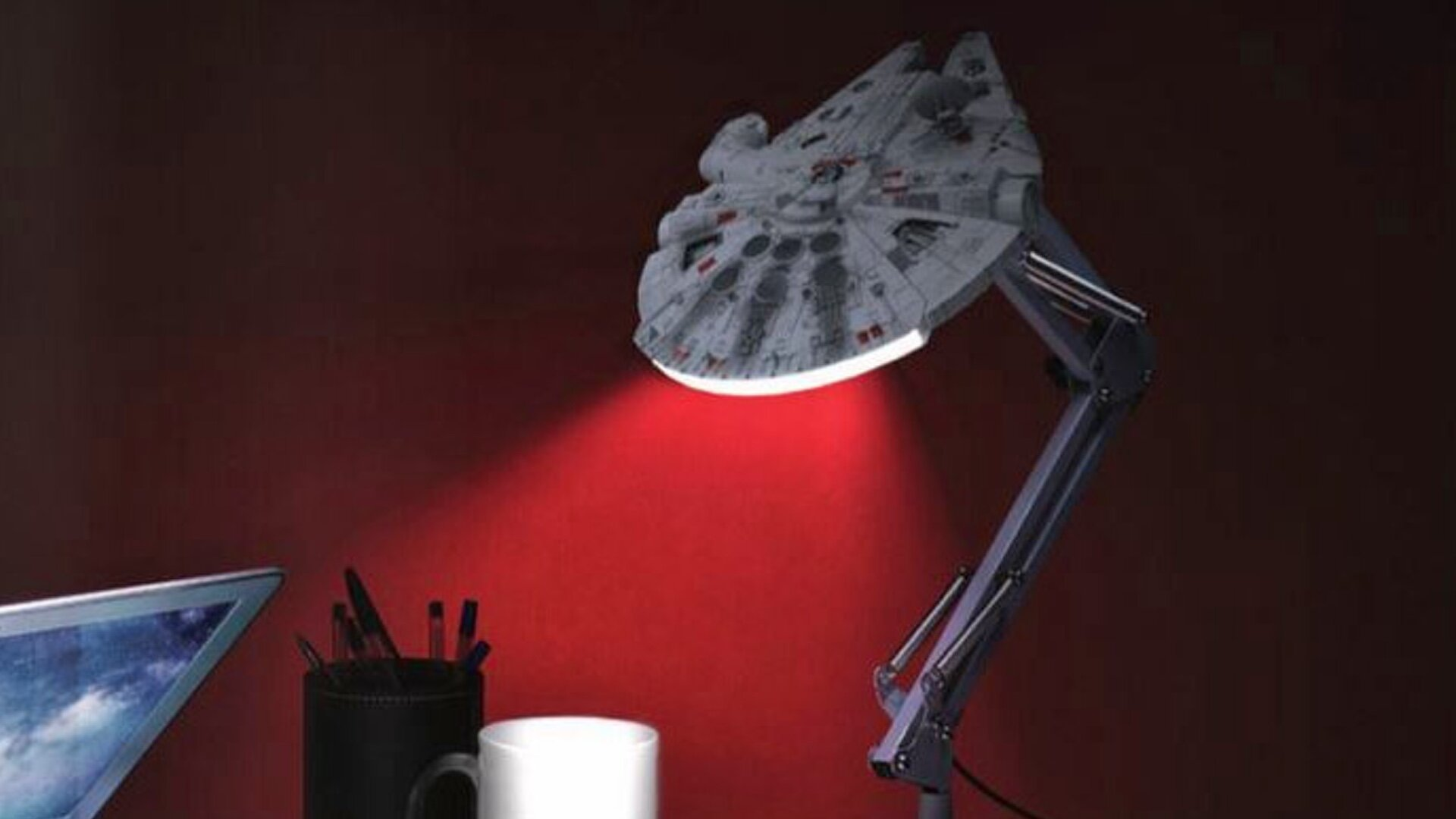 Cool Star Wars Millennium Falcon And Tie Fighter Desk Lamps