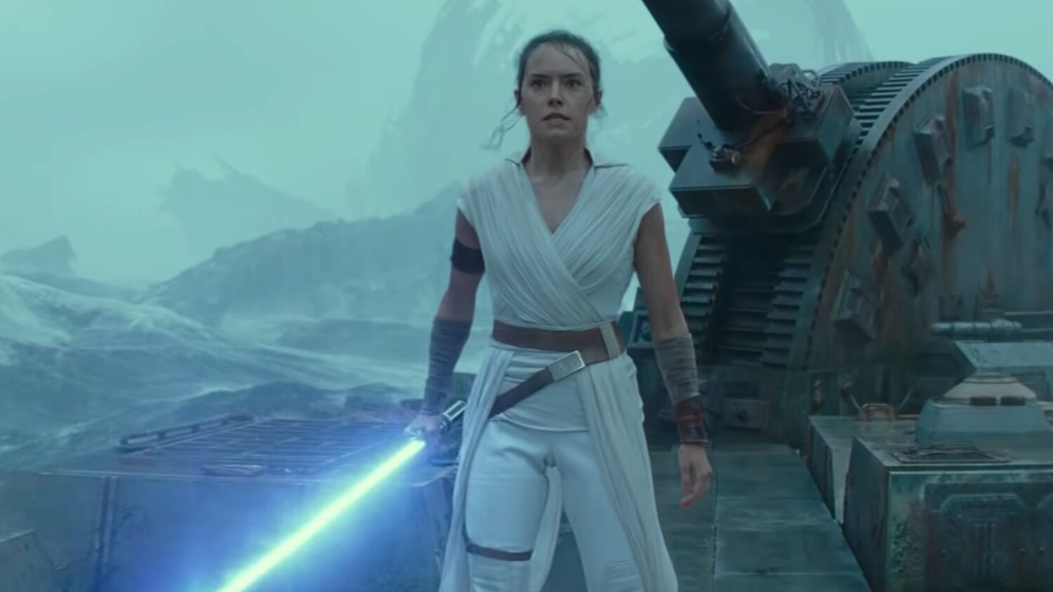 Daisy Ridley Talks About Star Wars The Rise Of Skywalker And Says It S Dark Scary Sad And Joyful Geektyrant