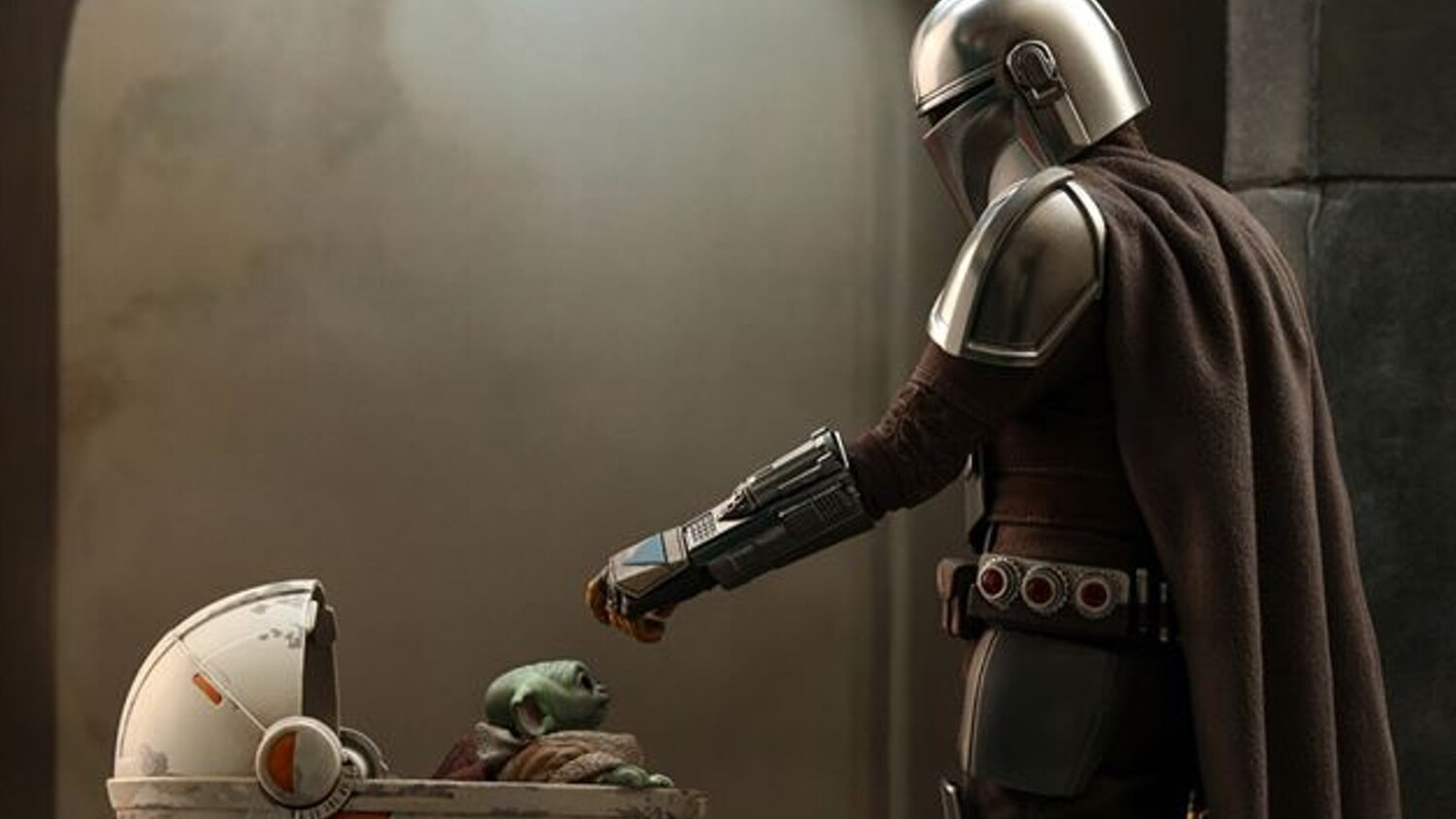 Hot Toys Reveals THE MANDALORIAN Action Figure with the Child ...