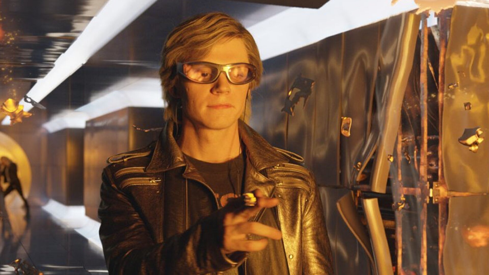 Evan Peters Is Reportedly in Marvel's WANDAVISION and Plays a Key Role —  GeekTyrant
