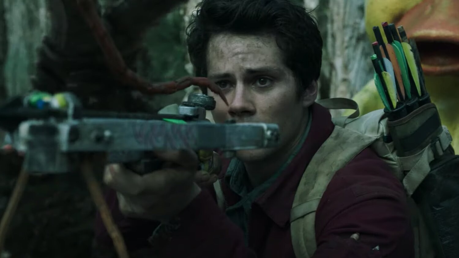Review Love And Monsters Is A Super Fun Post Apocalyptic Monster Movie Worth Watching Geektyrant
