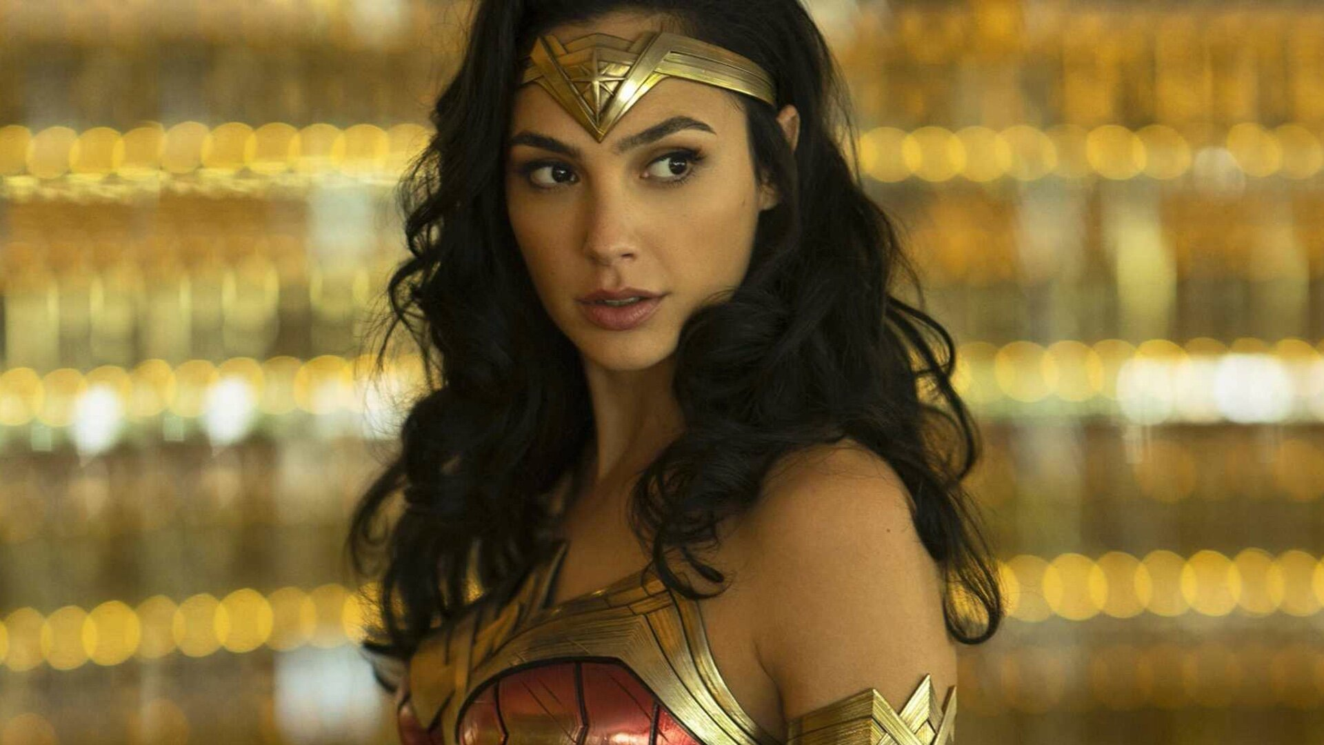 gal-gadot-and-director-patty-jenkins-are-teaming-up-again-for-cleopatra-social.jpg