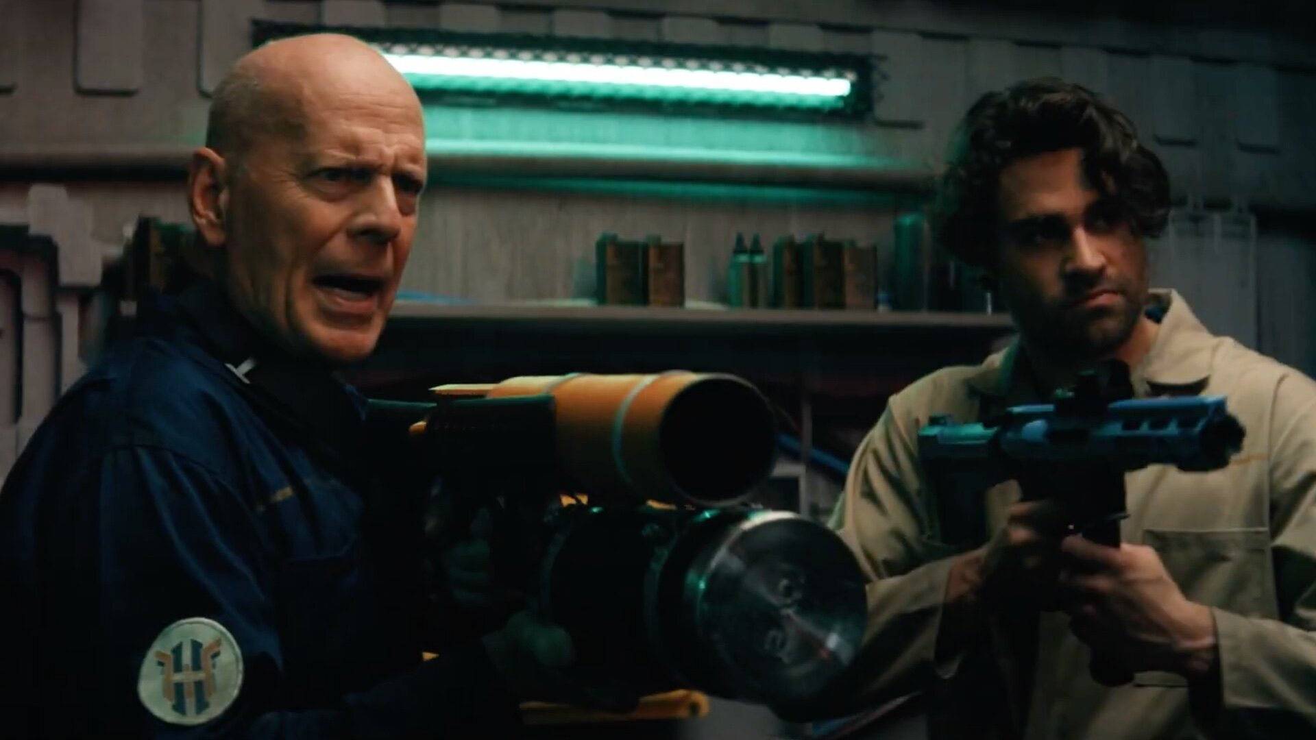 "Trailer for Bruce Willis and Thomas Jane's Sci-Fi Action Thriller BREACH -  ""Surviving Earth Was Just The Beginning"" — GeekTyrant"