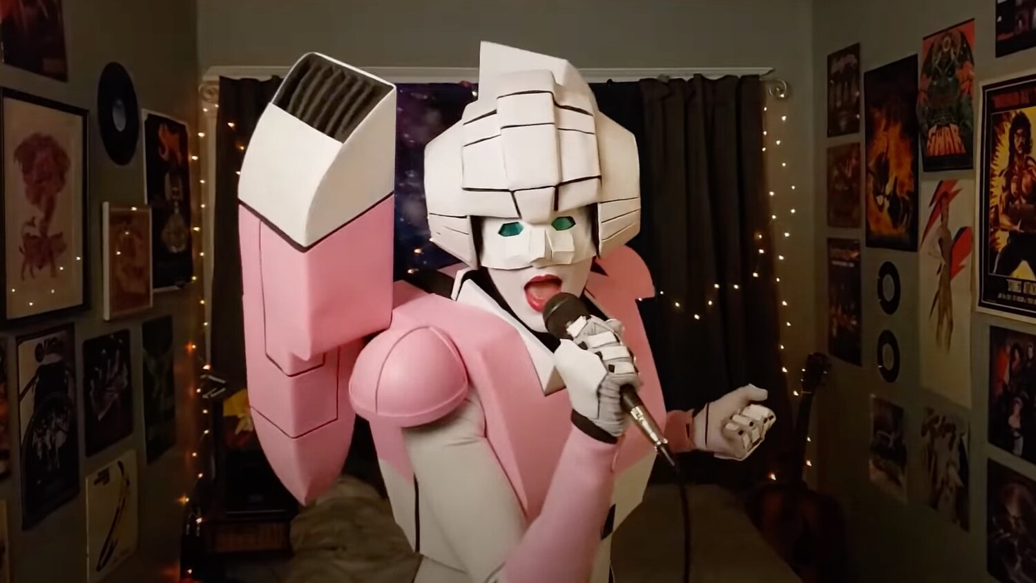 """The Transformers Themed Band The Cybertronic Spree Released a Cover of """"Barracuda"""" — GeekTyrant"""