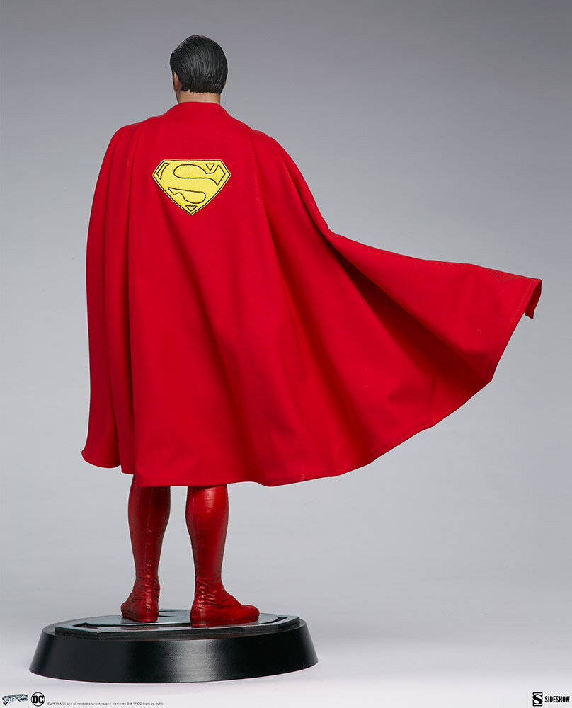 superman-the-movie-premium-format-figure_dc-comics_gallery_60651ff9347aa.jpeg