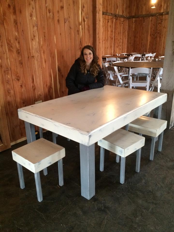 #32 - Kid's Table