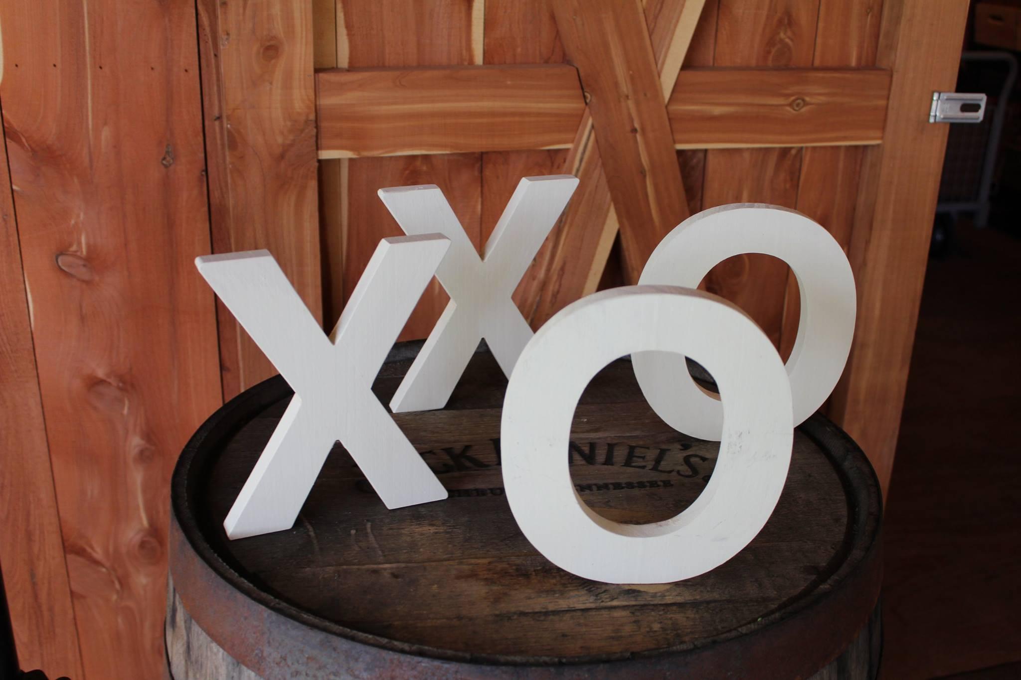 #49 - White XOXO Letters