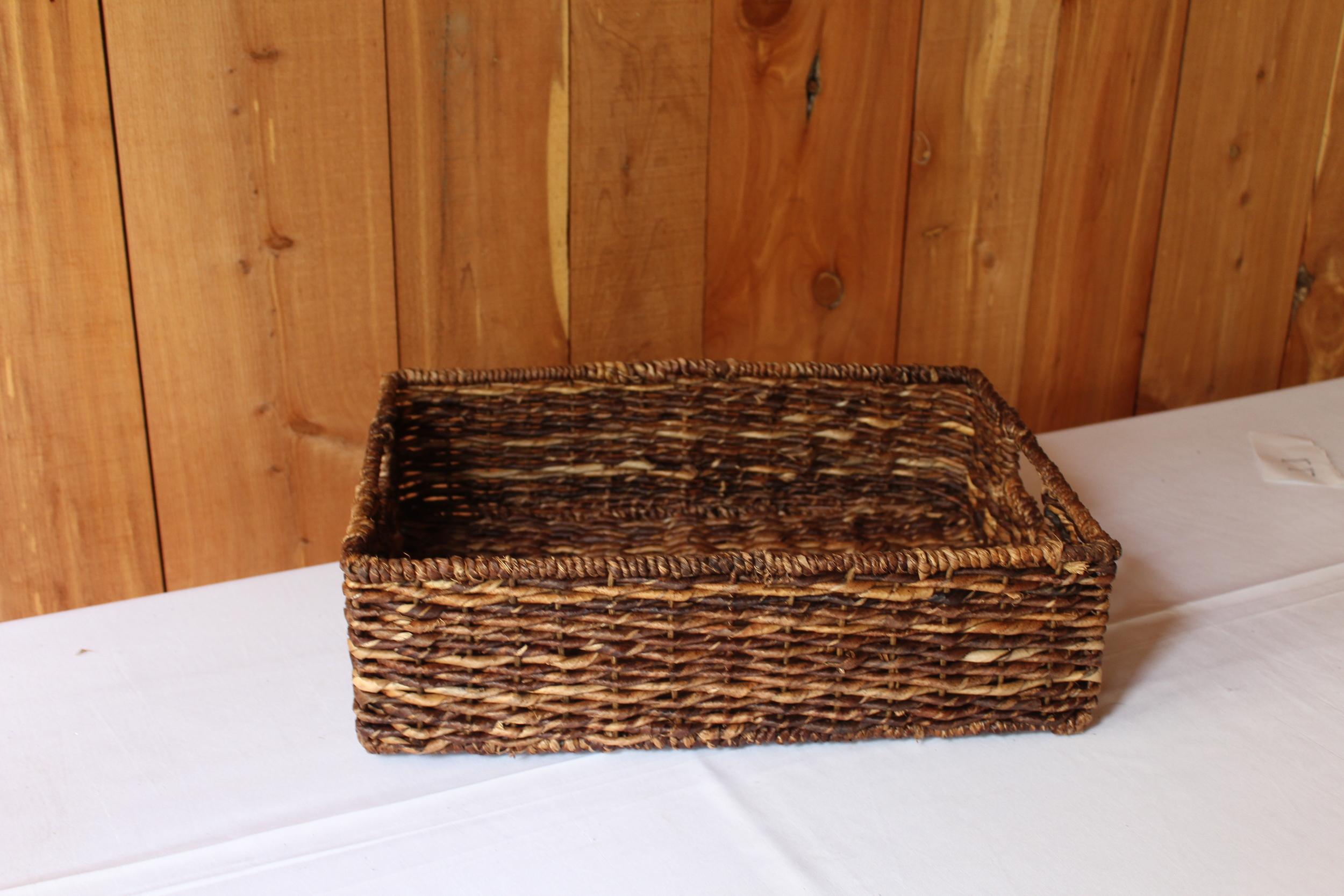 #78 - Dark Flat Basket
