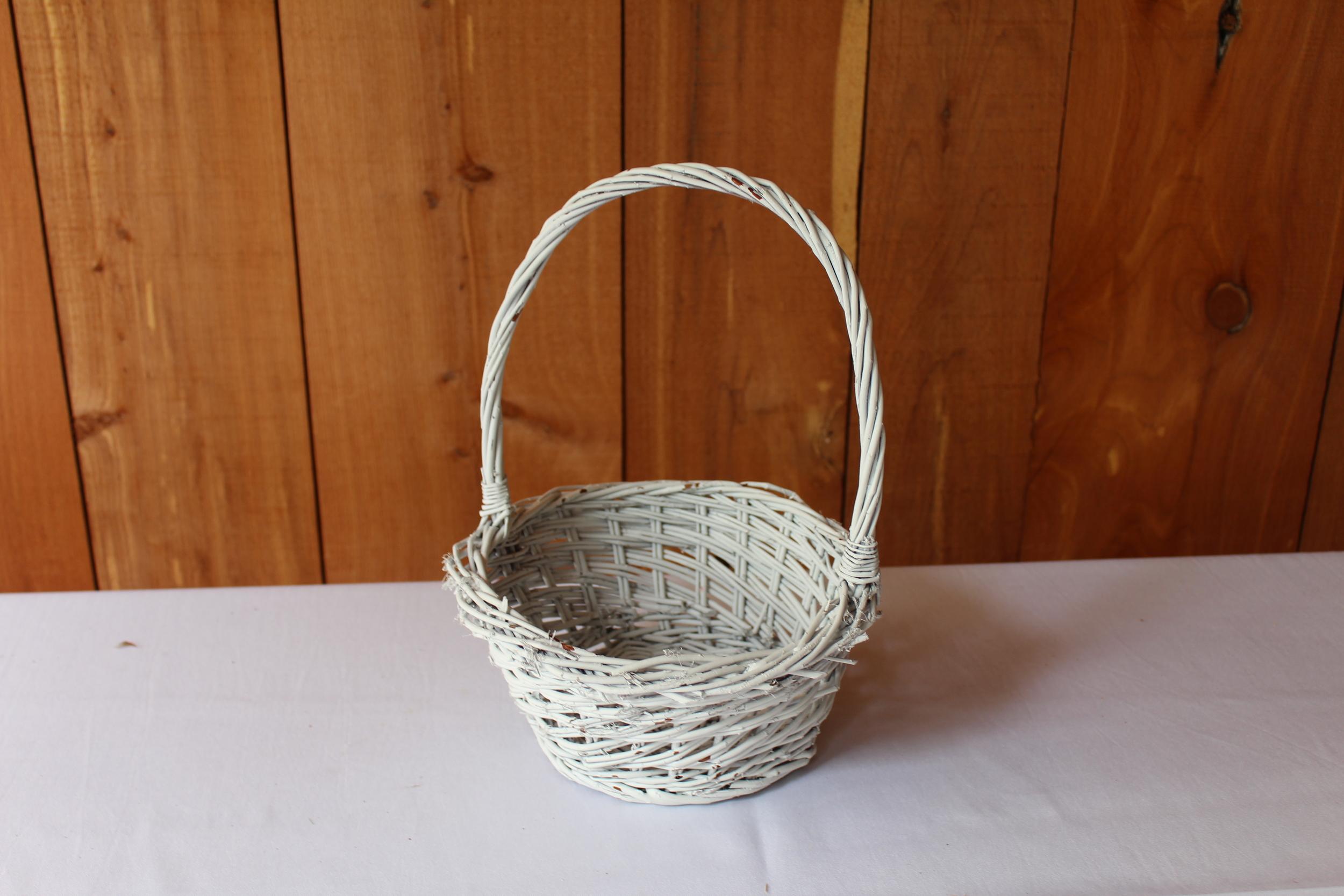 #82 - White Wicker Basket