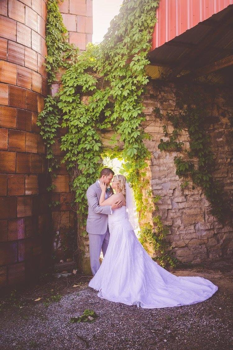 Allison Nichole Photography - Farm Weddings in St. Louis