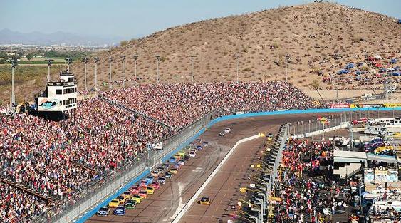 Phoenix_International_Raceway_1.jpg