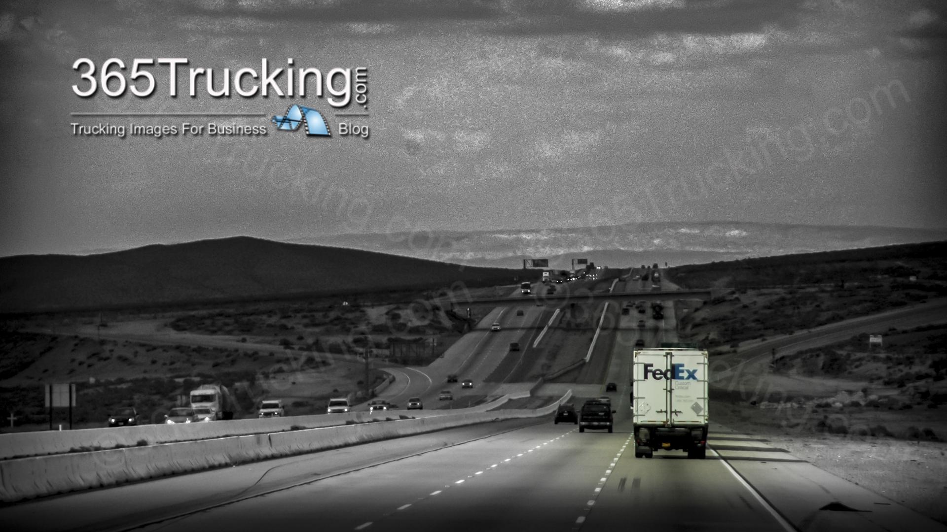 0_04_03_10_truck_72
