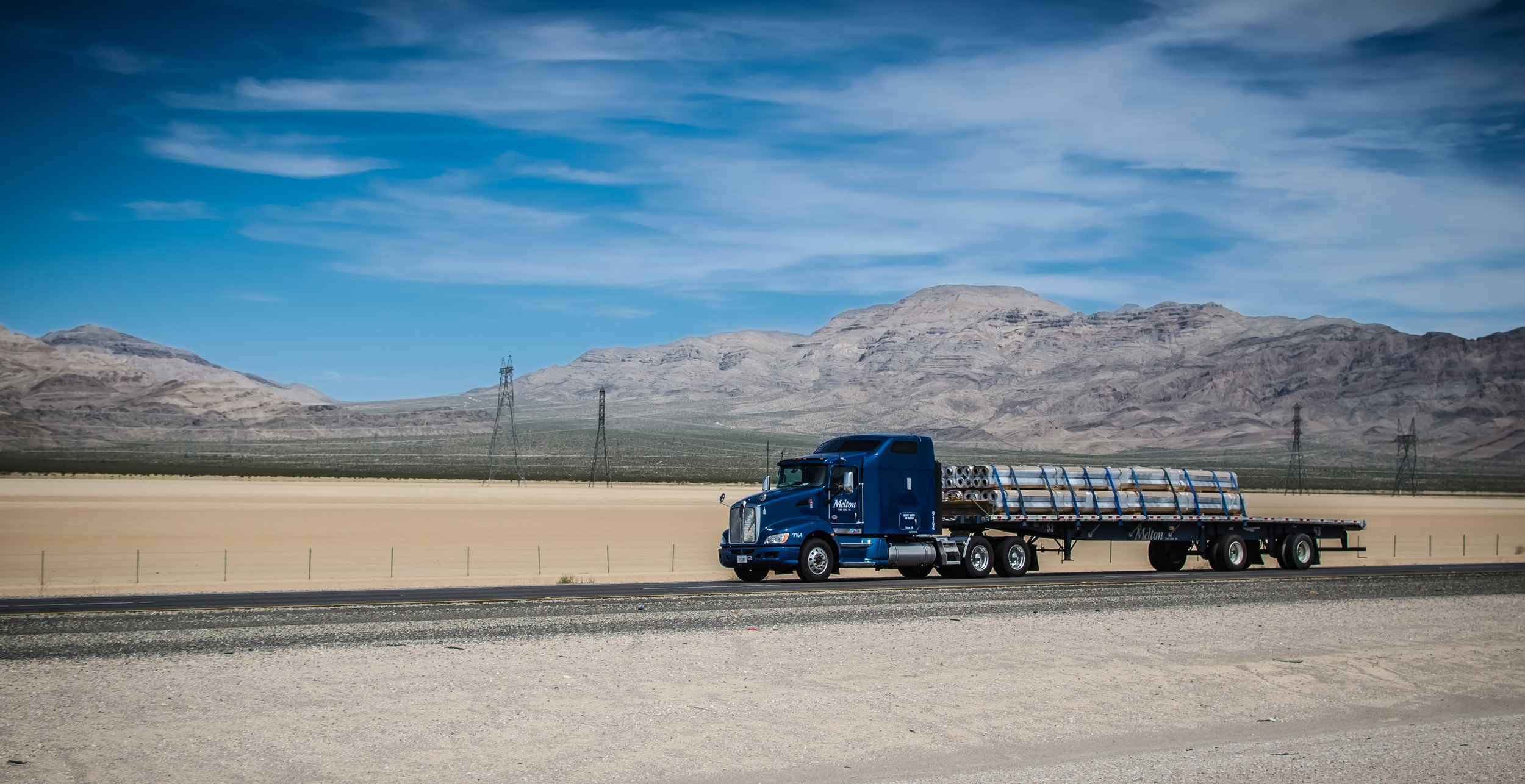 Images by 365Trucking.com