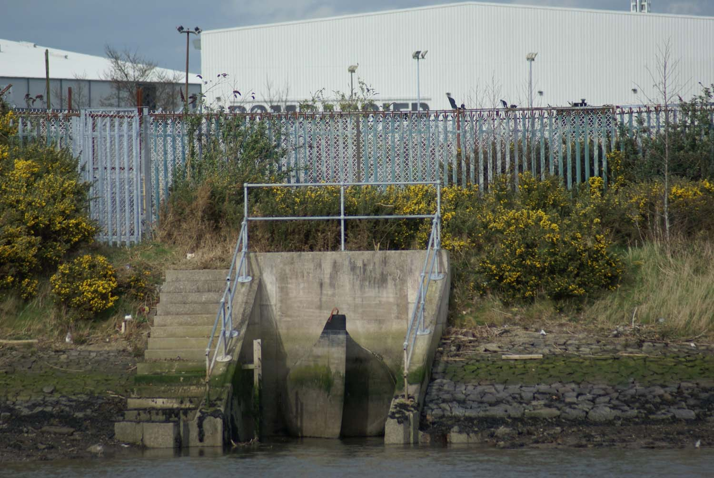 large-tideflex-valve-estuary-outfall-belfast