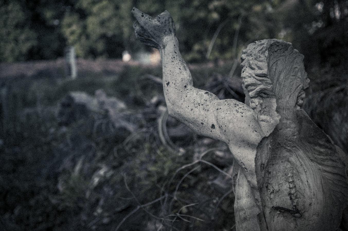 Jamie-Lowe-Photography-Haunted-House-Chiang-Mai-25.jpg