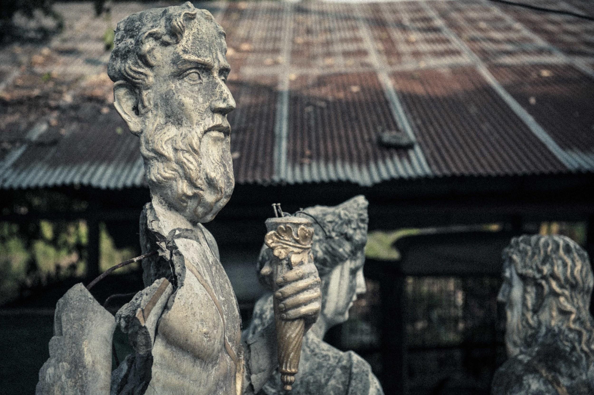 Jamie Lowe Photography Haunted House Chiang Mai.jpg