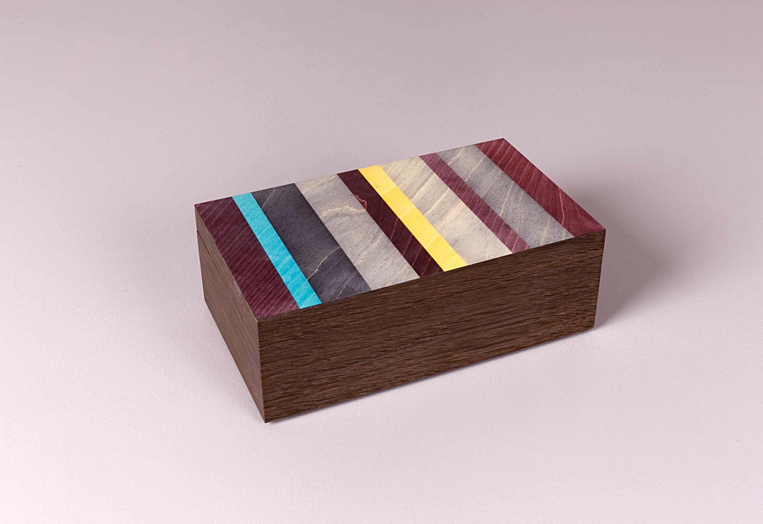 Aubergine trinket box