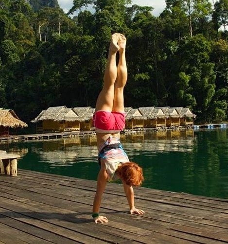 Handstand-1.jpg