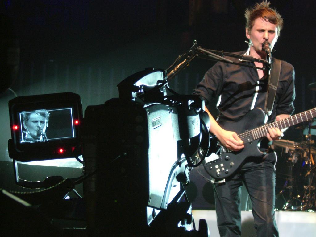 A lucky shot I got of Matt Bellamy of Muse, Royal Albert Hall, 2008