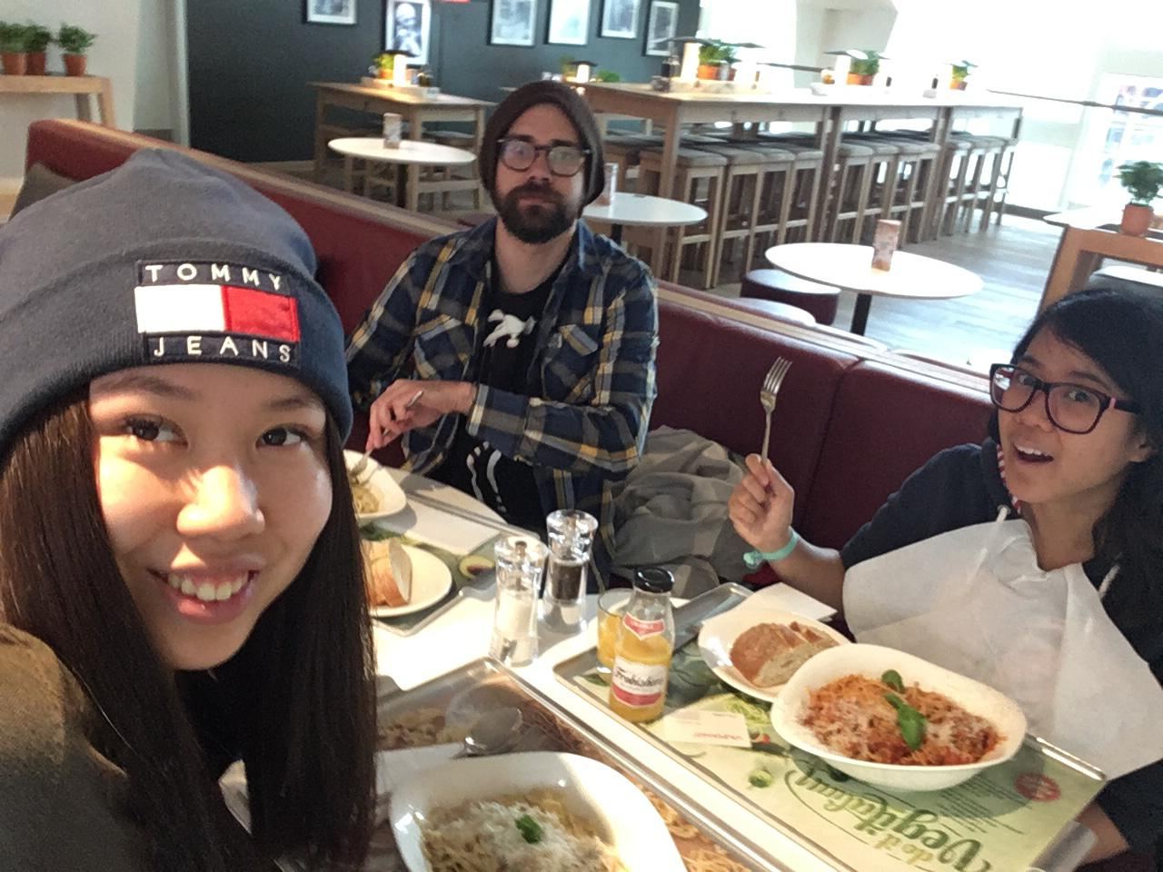 Lunch at Vapiano after a Japanese exam (I also have a hangover) with two of my classmates (Natalie and Richard) who are in my linguistics and Japanese classes.