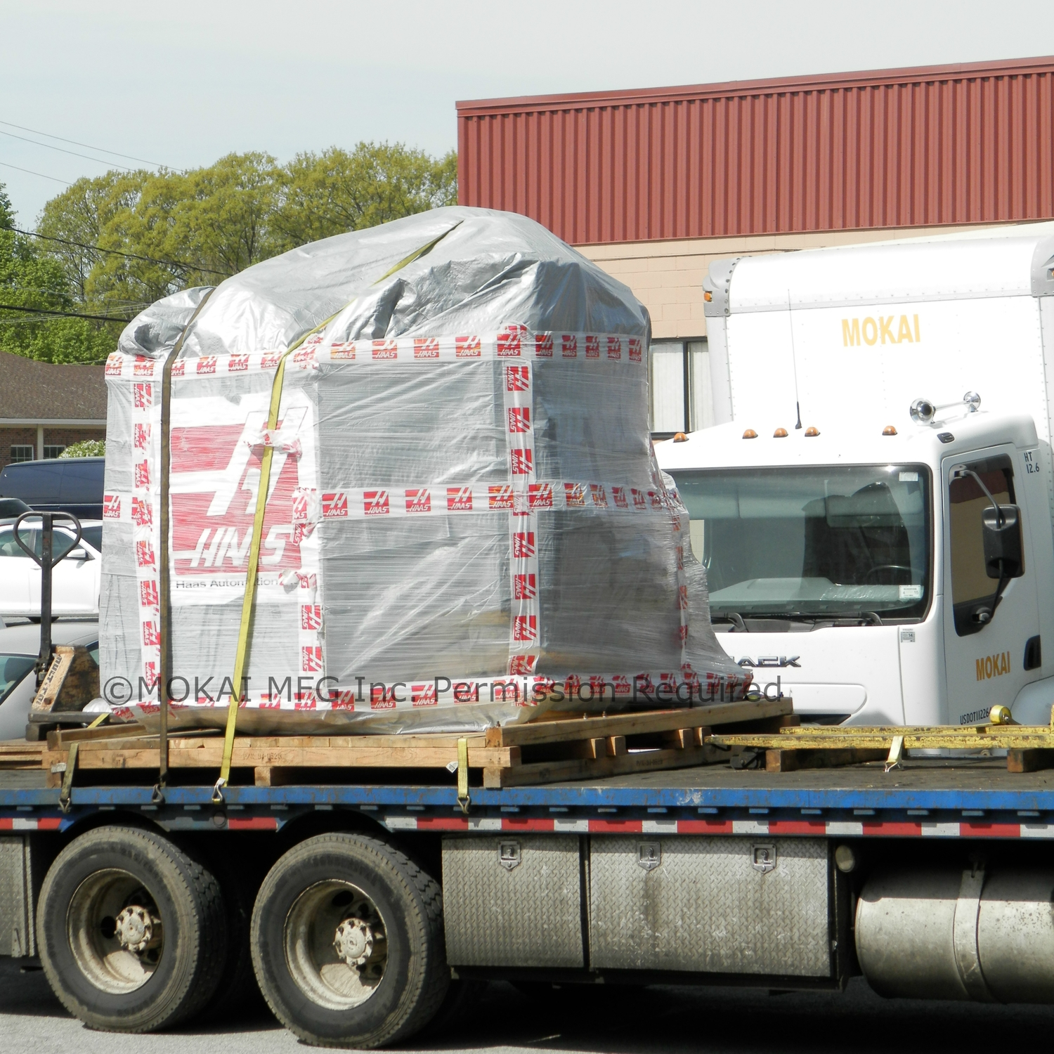 Delivery of new HAAS CNC.jpg
