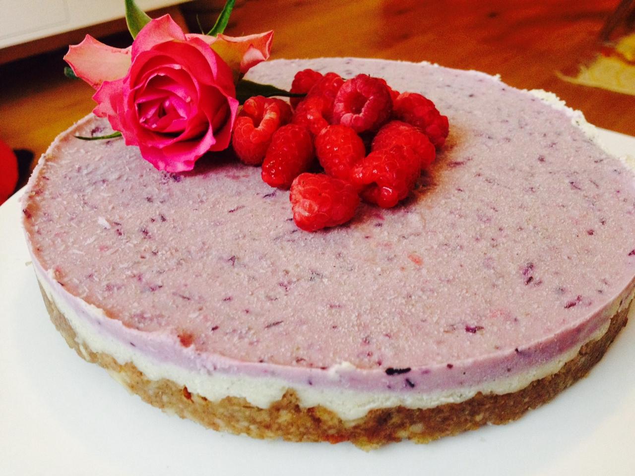 Raw Blueberry & Raspberry Cheesecake