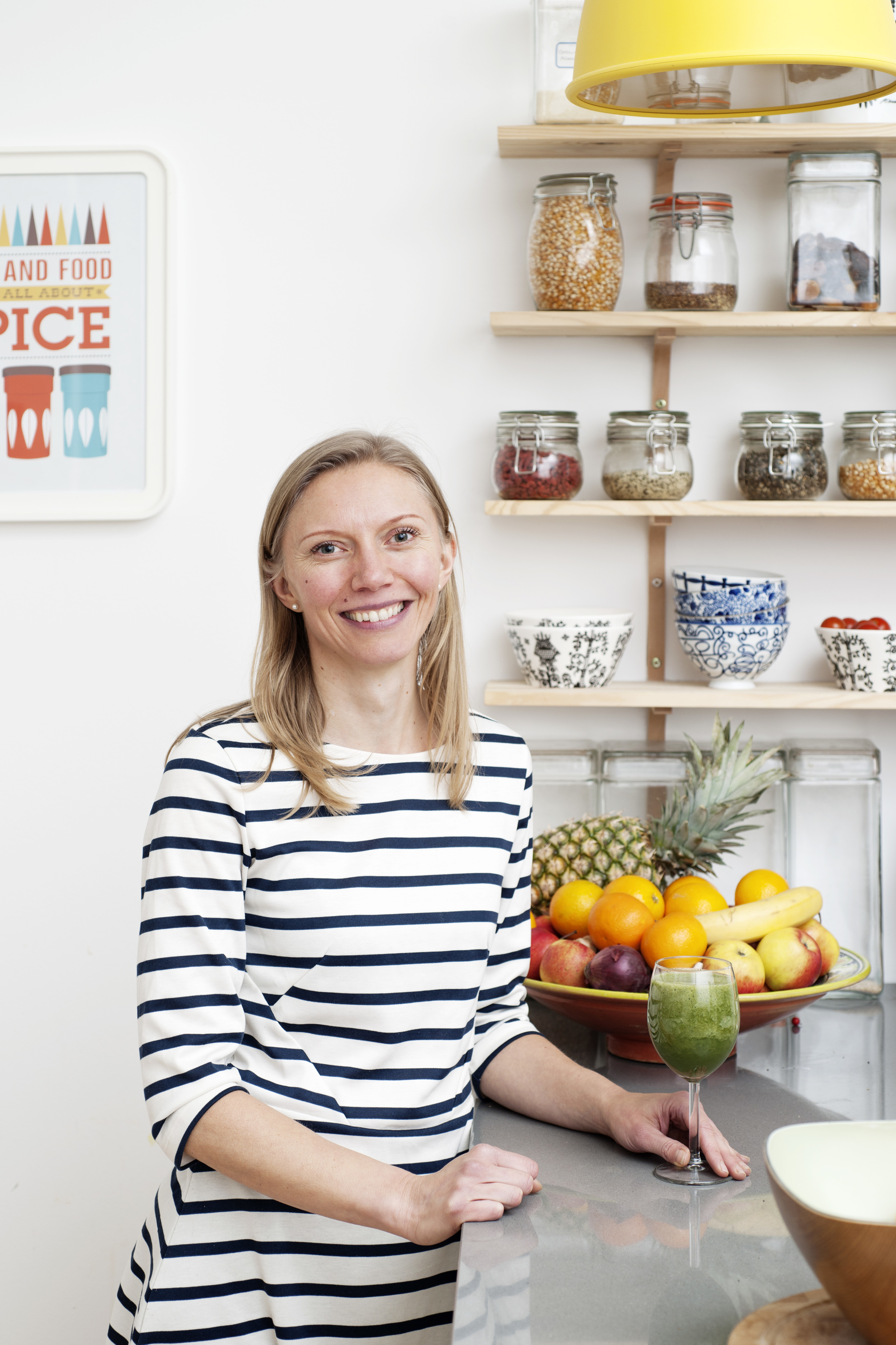 Hi! I'm Sanna Sumner,  a qualified nutritional therapist. My passion is to educate and inspire women to transform their health through practical and personalised nutritional advice. I help my clients to discover nutritious food and adopt a healthier lifestyle through simple and easy-to-follow eating plans and positive lifestyle changes.